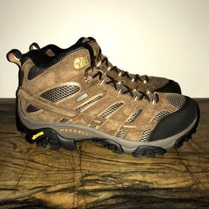 Merrell Moab 2 Mid WP Hiking Shoe Men's 9 Wide